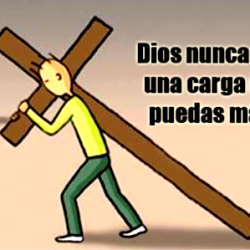 Hombre cargando con la Cruz